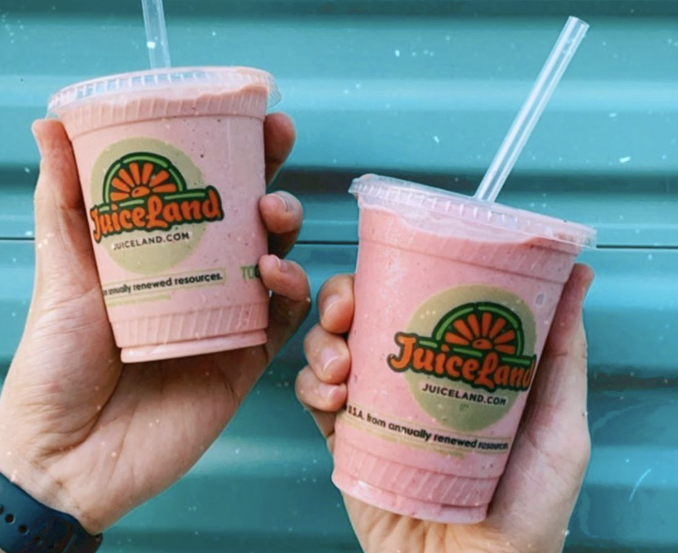 JuiceLand Home Run Smoothie with apple, banana, strawberry