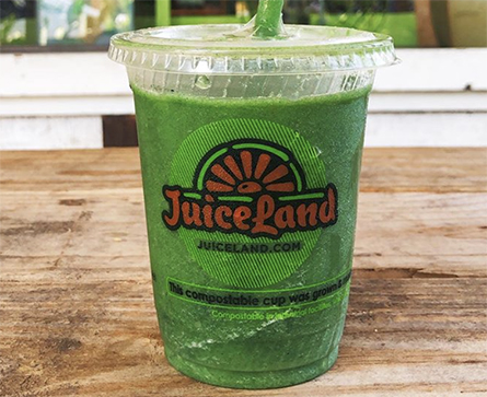 JuiceLand Peachy Green Smoothie with apple, peach, spinach, kale